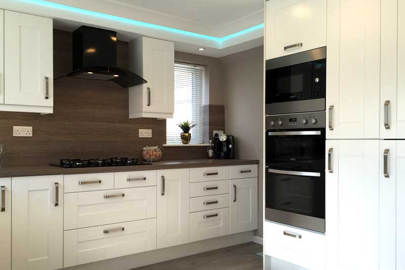 Tim tracey from bristol found out about diy kitchens for Diy kitchens com reviews