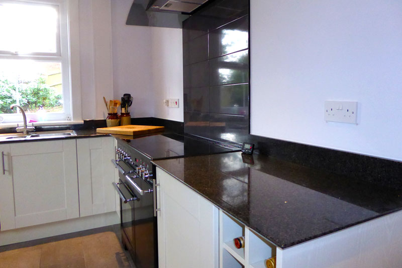 Chris from kent my linwood alabaster kitchen supplied by for Wickes kitchen carcass