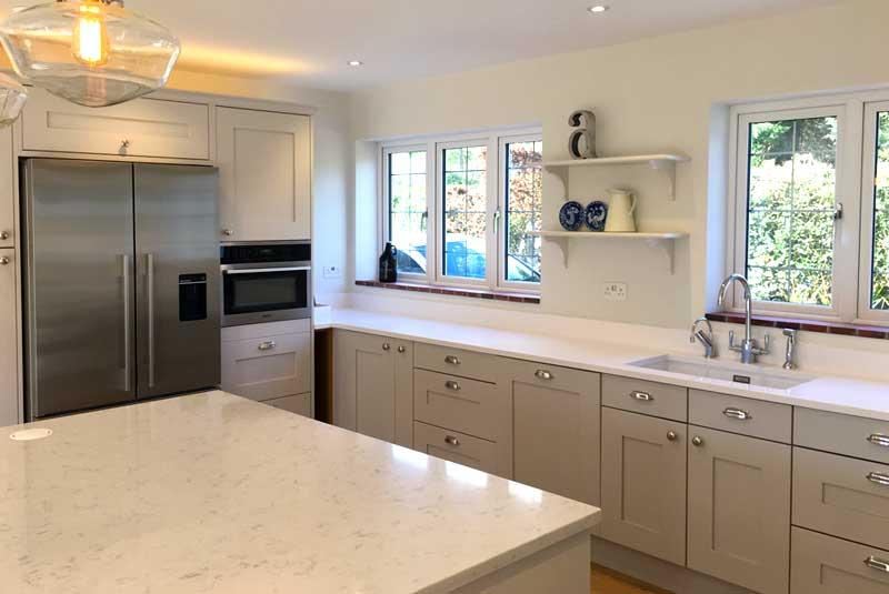 Sarah from surrey norton bespoke farrow ball cornforth for Diy kitchens com reviews