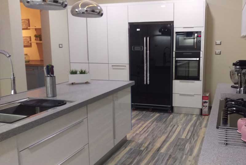 Siham from misrata libya here 39 s some pictures for my for Diy kitchens com reviews