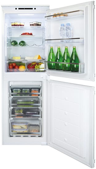 Integrated 50/50 fridge freezer